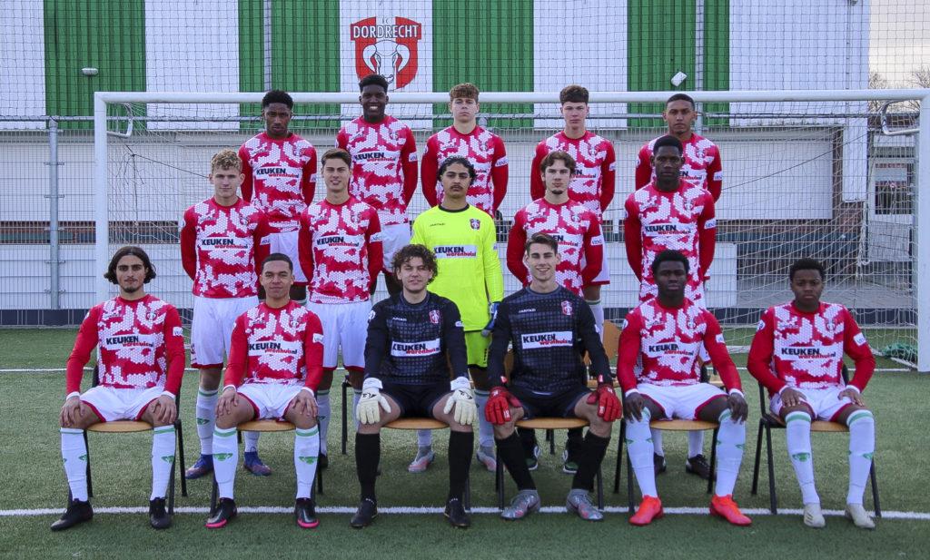 FC Dordrecht O18 2020 2021